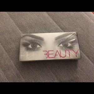 Huda Beauty Samantha #7 False Lashes Falsies